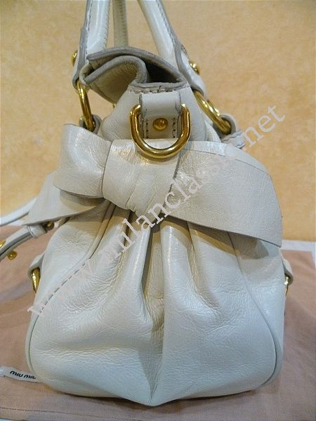 12bb9ae91202 SOLD (已售出)-Miu Miu-Beige Calfskin Bow Hand Sling Bag(Small) NEW ...