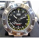 NEW (全新品)Oris Aquis Depth Gauge Black Dial S/S Auto 46mm(With Card + Box)