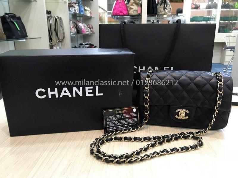 01d4fe11eed73e SOLD - CHANEL Lambskin Gold-Tone Metal Mini Flap Bag (20cm)_ ...