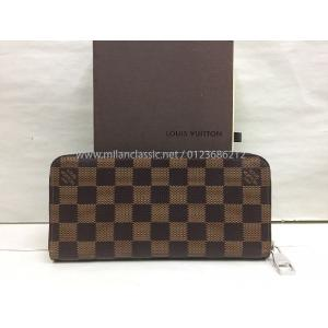 NEW - LV Damier Zippy Wallet Vertical