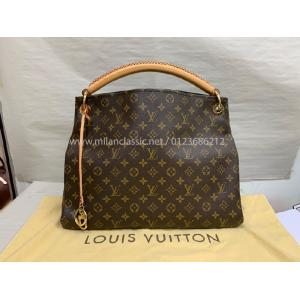 NEVER BEEN USE - LV Monogram Artsy MM